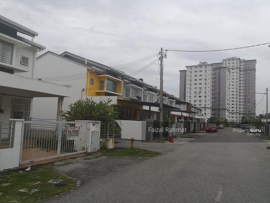 RUMAH-GATTED-END-LOT-UNIT-di-Tanan-Desa-Mas-Rawang-Rawang-Malaysia (1)